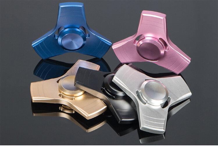 Спиннер Металл три квадратные лопасти (Fidget Spinner)