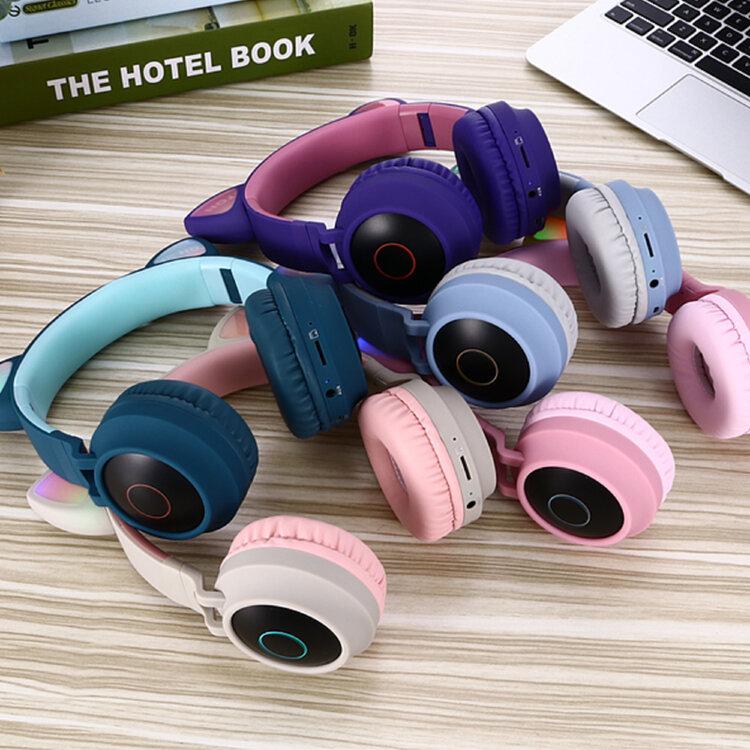 Беспроводные Bluetooth наушники с ушками BT028C (зеленые с голубым)