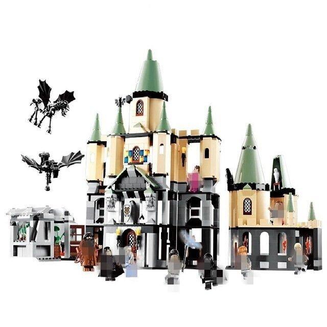 Конструктор Harry Potter Волшебный замок Хогвартс 1043 дет.