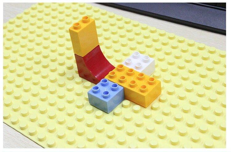 Базовая пластина для конструкторов Лего Дупло 51 х 25,5 см