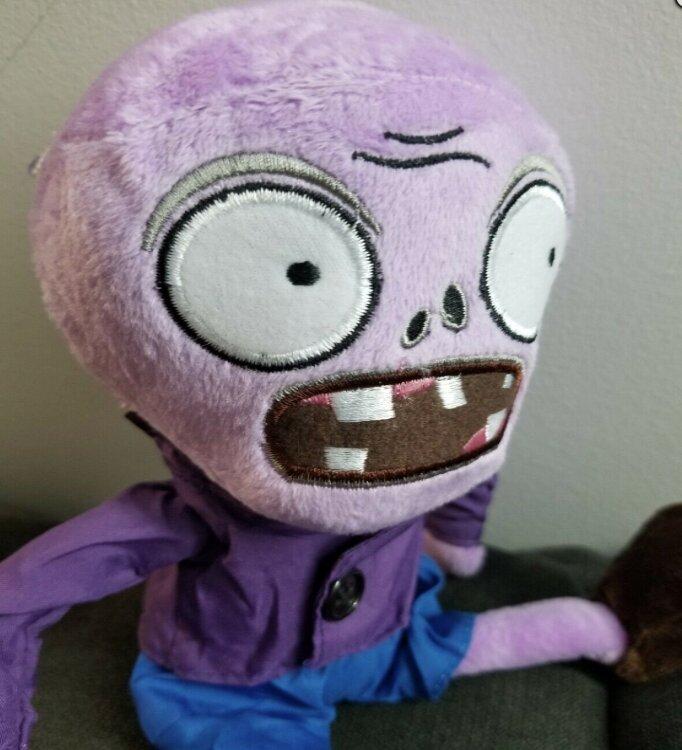Мягкая игрушка Зомби фиолетовый  30 см. Растения против зомби